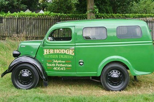 Ford Thames E83W Van 1955 Historic