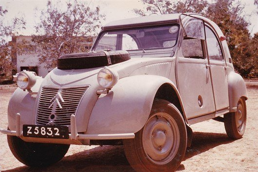 1965 Citroen 2CV Sahara Period Photo (1)