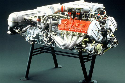 Ferrari F40 Engine 1