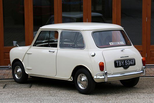 1968 Mk 1 Morris Minor -Mini Super De Luxe (3)