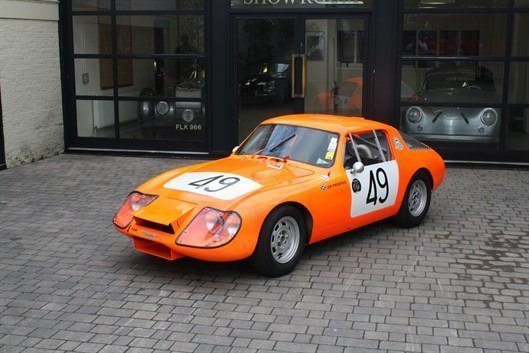 Paddy Hopkirk 's Le Mans Healey - No . 49_2