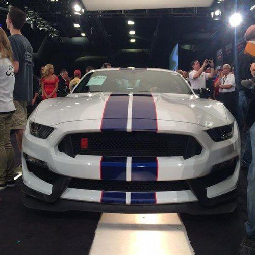 Shelby Mustang GT350R VIN 001 2016 BJ 17 Jan 2015