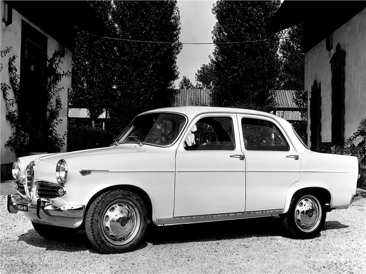Alfa romeo spider 2000 veloce review 12
