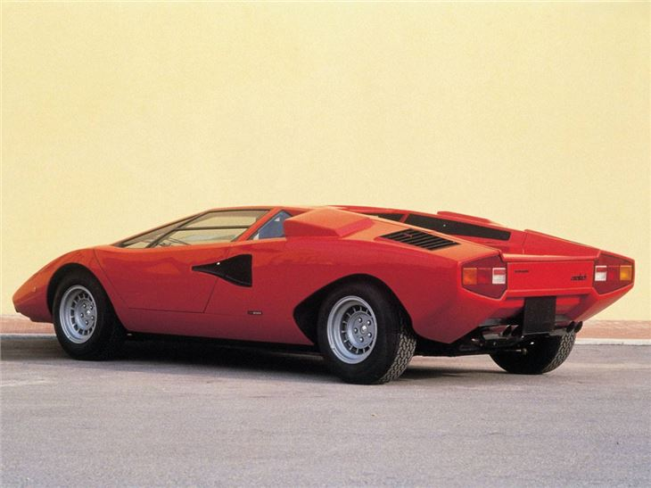 lamborghini countach classic car review honest john. Black Bedroom Furniture Sets. Home Design Ideas